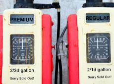 Uberização: Alta de combustível retira renda de setores muito precarizados, diz especialista