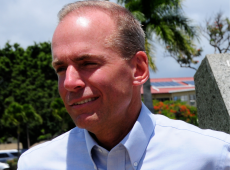 CEO da Boeing renuncia ao cargo após crise com 737 Max