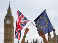 Britânicos decidem futuro do Reino Unido em plebiscito sobre permanência ou saída da UE