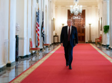 Trump perde apoio de líderes republicanos; processo de impeachment deve ser votado nesta quarta