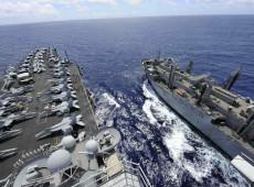 """Washington """"marca território"""" ao enviar porta-aviões dos EUA ao disputado Mar da China Meridional"""