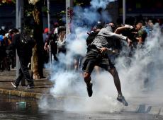 Jornadas de protesto no Chile expõem dura realidade de um país próspero em aparência