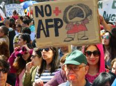 Fundos privados assaltam R$ 1 bilhão de aposentados mortos por capitalização no Chile
