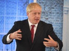 Prefiro estar morto em um vala a pedir outro adiamento do Brexit, diz premiê do Reino Unido