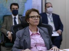 """De """"miss Veneno"""" a """"Senhora Queimadas"""", Tereza Cristina garante agricultura predatória"""