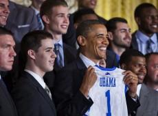 Onipresente, Obama domina campanha e deixa republicanos sem reação nos EUA