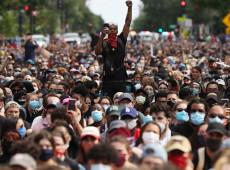 """""""Precariados do mundo, uni-vos"""": com #BrequeDosApps, entregadores atualizam Marx"""