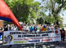 Colombianos protestam contra nova Reforma Tributária no país