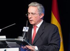 Prisão de Uribe é dia histórico para Colômbia