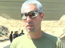 Academia oferece treinamento militar a crianças e turistas em Israel