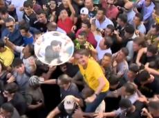 Às vésperas da posse, documentário amador levanta suspeitas sobre facada de Bolsonaro