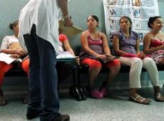 OMS deveria atuar para garantir direitos reprodutivos das mulheres, dizem especialistas