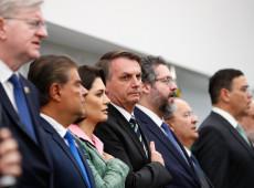 #ForaBolsonaro ganha força e primeiro pedido de impeachment é protocolado na Câmara