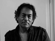 """Em livro, líder indígena Ailton Krenak apresenta """"ideias para adiar o fim do mundo"""""""