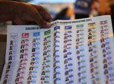 Bukele acapara más poder político al arrasar en las elecciones en El Salvador