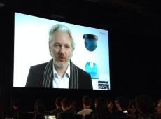 Com Trump, Departamento de Justiça dos EUA está altamente politizado, diz advogado de Assange