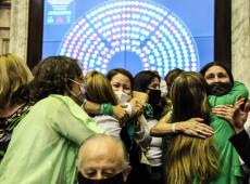 Câmara da Argentina aprova legalização do aborto; texto segue para o Senado