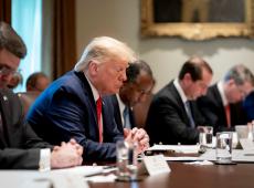 Câmara dos EUA conclui audiências de impeachment contra Trump