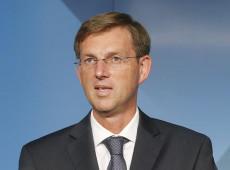 Filho de medalhista olímpico ganha eleições na Eslovênia com partido criado há menos de 6 semanas