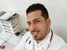 Em Carta Aberta médico cubano dá aula de civilidade e cobra respeito a Bolsonaro