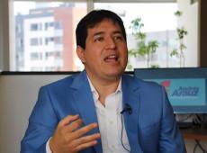 """""""Equador está à beira do colapso democrático"""", denuncia Andrés Arauz, favorito à presidência"""