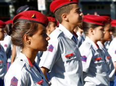 Entenda como o ministro Abraham Weintraub devasta e militariza a educação no Brasil