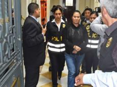Com medo de perder a mamata, extrema-direita ataca Castillo e coloca peruanos nos braços da corrupção de Fujimori