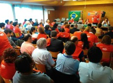 Em meio a Conferência da OIT, centrais sindicais fazem ato em Genebra contra golpe no Brasil