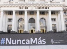 Argentinos vão às ruas no 45º aniversário do golpe militar