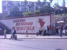 Neoliberalismo trata de frear revolução iniciada por Bolívar e reimpulsionada por Chávez