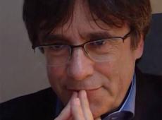 """Entrevista: Cataluña es para el mundo un """"país de facto, no de derecho"""": Puigdemont"""