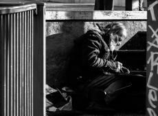 Pesquisa aponta que quase 2 milhões de lares italianos vivem em pobreza absoluta