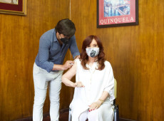 Vice-presidente da Argentina recebe primeira dose da vacina Sputnik V contra covid-19