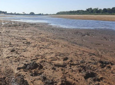 Com nível mais baixo em 37 anos, seca do rio Paraná preocupa Brasil, Argentina e Paraguai