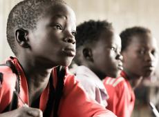 Para Unesco, multilinguismo é tão importante quanto erradicar o analfabetismo