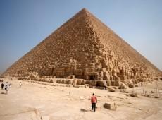 Cientistas descobrem 'vazio' misterioso em pirâmide no Egito