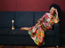 Ícone da resistência, Teresa Cristina se encarrega de manter viva cultura do brasileiro