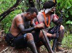 """Em áudio vazado, militar bolsonarista que coordena Funai ameaça """"meter fogo"""" em indígenas isolados do AM"""
