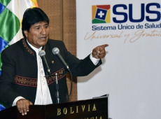 SUS, redução da pobreza e aumento do salário mínimo: as conquistas bolivianas sob ameaça
