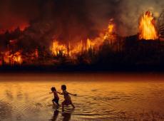 Chamas na Amazônia sintetizam a imagem da atual situação política da América Latina