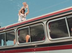 A vida e o cinema dentro de um ônibus