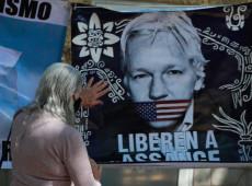 Decisão de negar extradição de Assange não é fim da ameaça contra fundador do Wikileaks