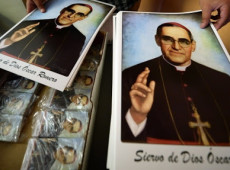 Conheça Dom Óscar Romero, arcebispo assassinado no altar que fez história ao lutar contra ditadura de El Salvador
