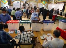 Iranianos vão às urnas para escolher novo presidente