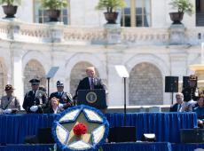 Trump nega acusações de deputada democrata sobre obstrução de Justiça