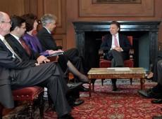 Política comercial do governo Santos é principal alvo de críticas na Colômbia
