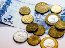 Breno Altman: inflação é provocada por desvalorização do real