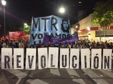 """""""Feminismo não é mais branco e europeizado"""", dizem mulheres em evento na Argentina"""
