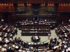Itália aprova redução de assentos no Parlamento