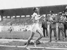 Paris, 1924: Paavo Nurmi vence 5 medalhas de ouro na corrida e se consolida como o 'Finlandês Voador'